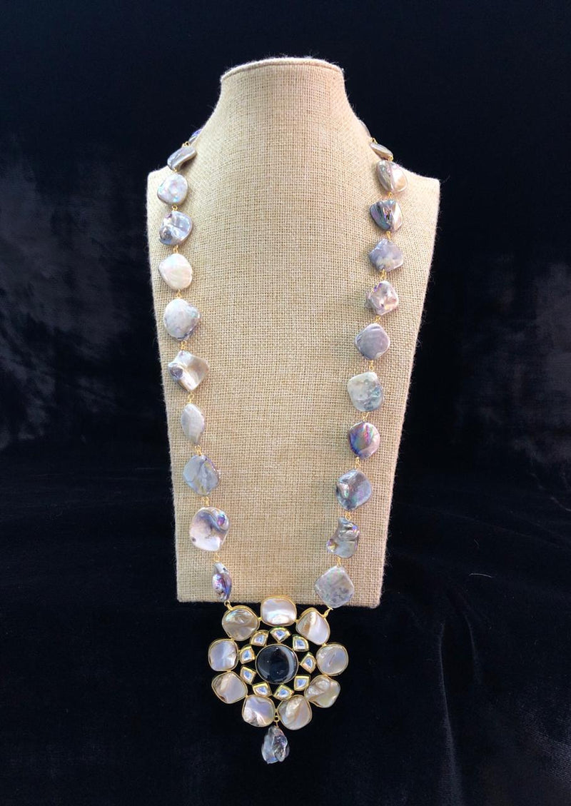 White Mother of Black Stone Pearl Necklace