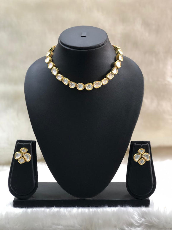 Enabling Choker Kundan Necklace Set