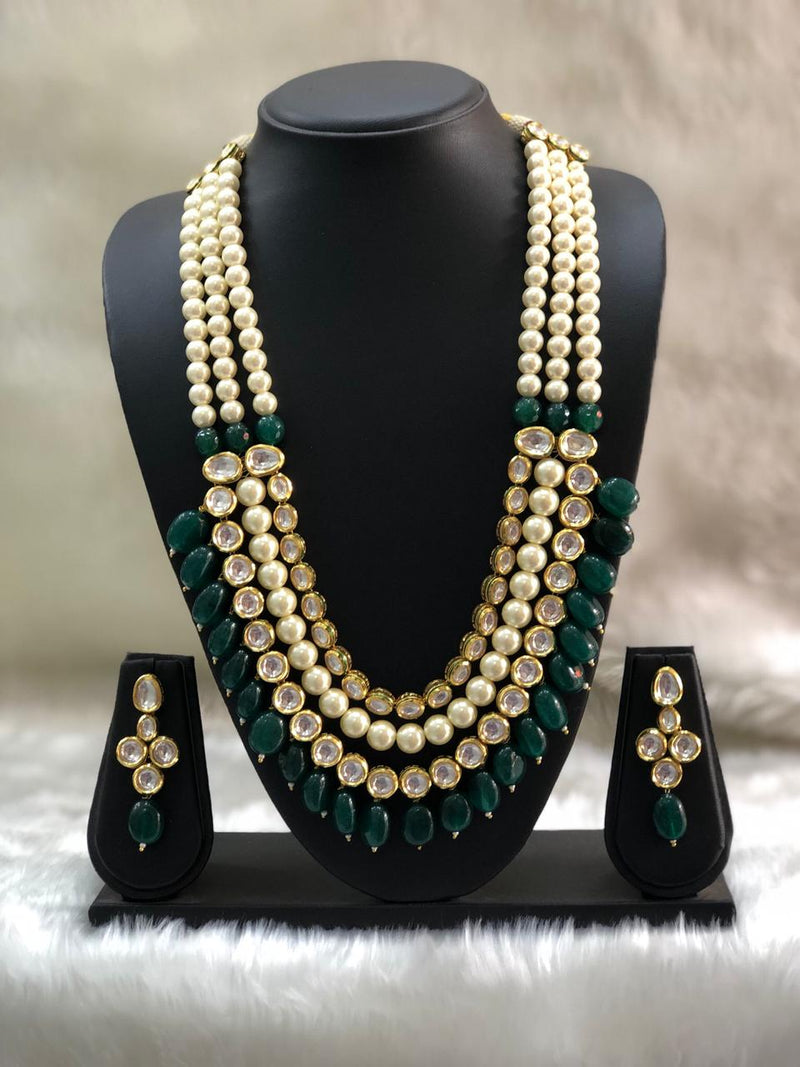 Adorable Kundan Pearl Necklace Set