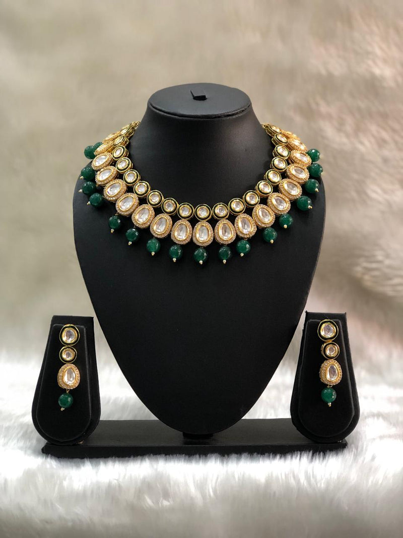 Round Kundan Choker Gemstone Necklace Set