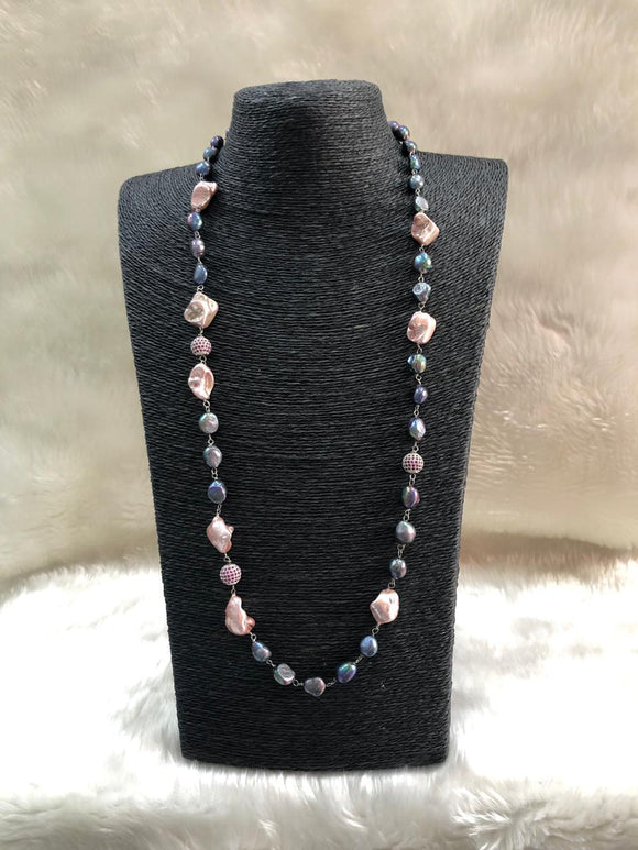 Enchring Preety Long Gemstone Necklace