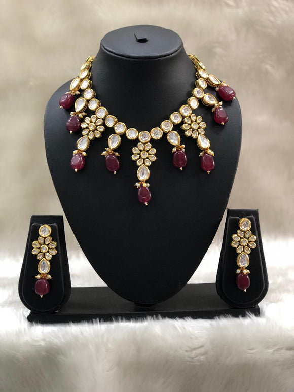 Delightful Maroon Kundan Necklace Set