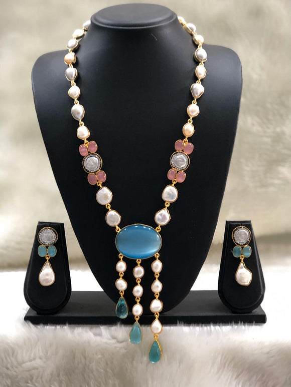 Streaming Gorgeous Baroque Pearls Necklace Set