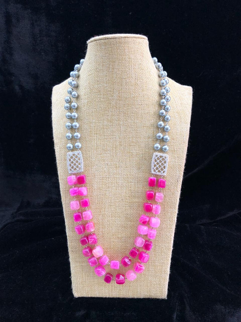 Eye Catching Brick Beads Pearl Necklace