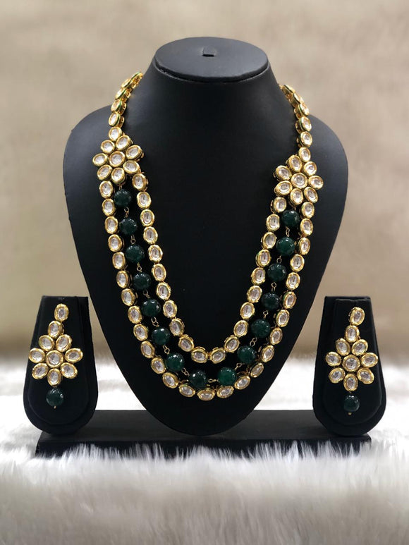 Goregeous Green Kundan Necklace Set