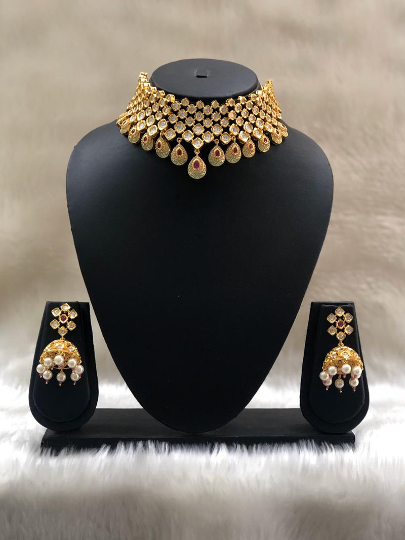 Flurry Much Beautifully Crafted Necklace Set