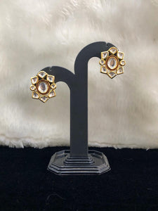 Persuade Enchriched Stud Earrings