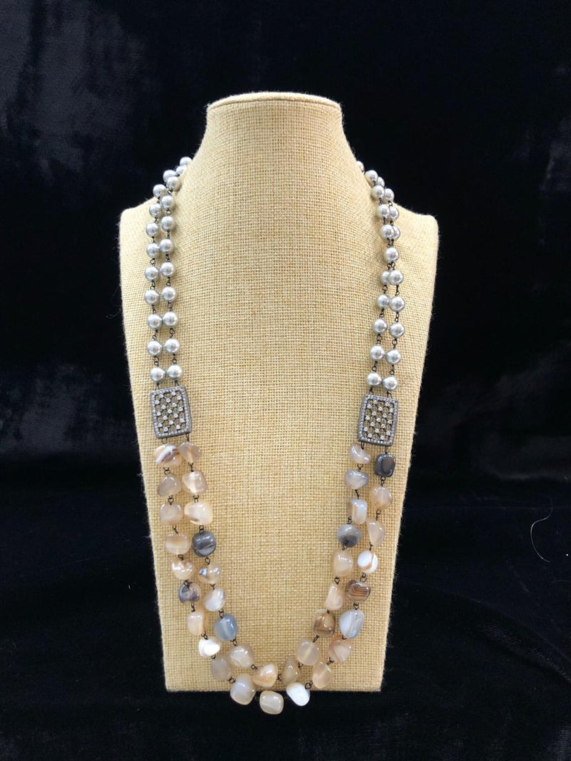 Astonishing White and Black Gemstone Necklace