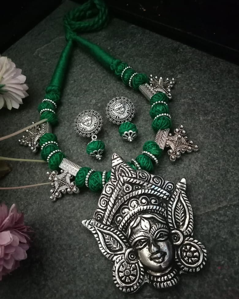 Green Threaded Temple Jewellery Necklace Set