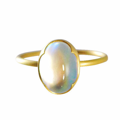 Gabriella Kiss 18k Oval Rainbow Moonstone Ring