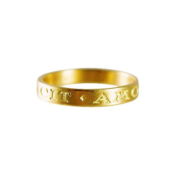 "Gabriella Kiss 18k Band Ring Inscribed with ""Omnia Vincit Amor"" - 3.5mm"