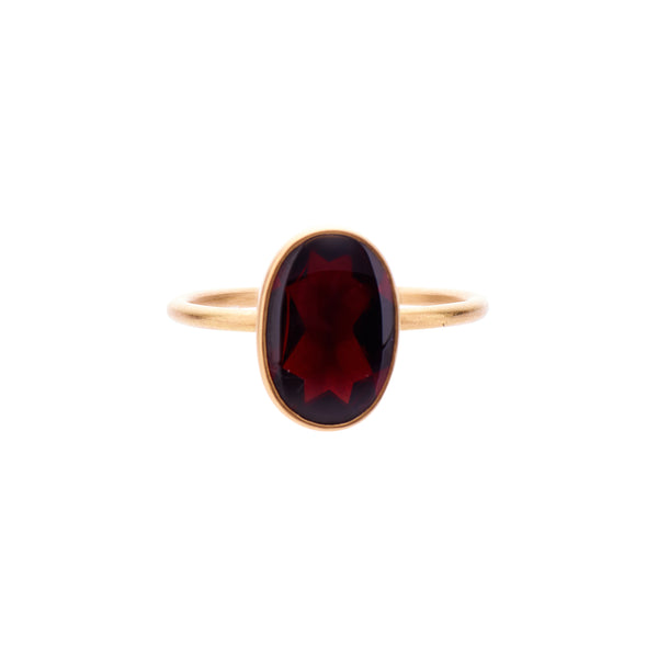 Gabriella Kiss 18k Oval Buff Top Almandine Garnet Ring