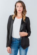 Load image into Gallery viewer, Ladies fashion black long angled open front blazer - comfy-cozy18