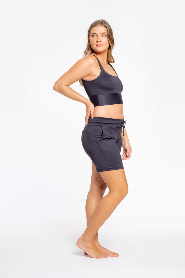 Wellness Essential Top Black