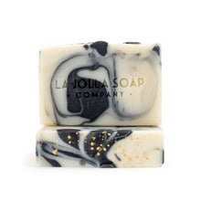 Load image into Gallery viewer, This is our number one hometown favorite. Heirloom Blend Artisan Natural Soap has a rich creamy lather that gently cleanses while maintaining your skin's natural moisture balance. The scent of heirloom vines, rosemary, mint with notes of white floral and citrus zest will enliven your senses and uplift your spirits.