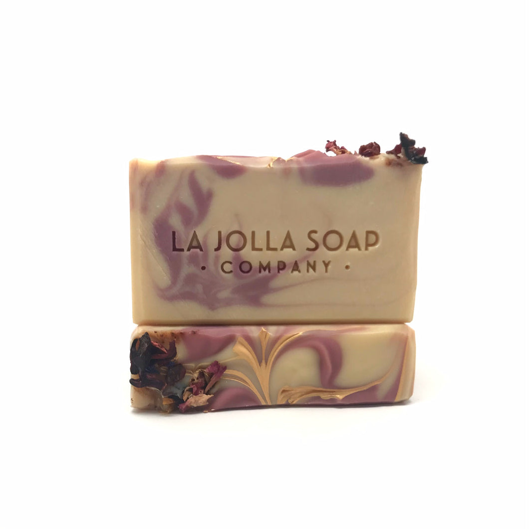 GOJI BERRY & CHRYSANTHEMUM - Artisan Vegan Soap