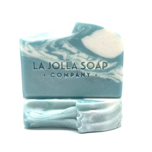 This beautiful soap is inspired by the cool winter walks along the beach trail.  The fresh scent of Eucalyptus fills the air while the waves roar crashing along the shoreline.  The perfect addition to your daily routine with a creamy conditioning lather and fresh unisex scent, pure essential oils of eucalyptus and lavender.  Relax and breathe easy.