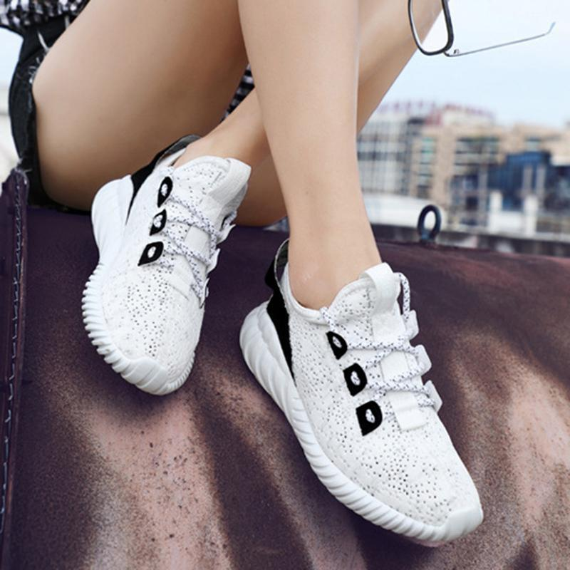 Women Casual Lace-Up Flat Heel Light Athletic Sneakers