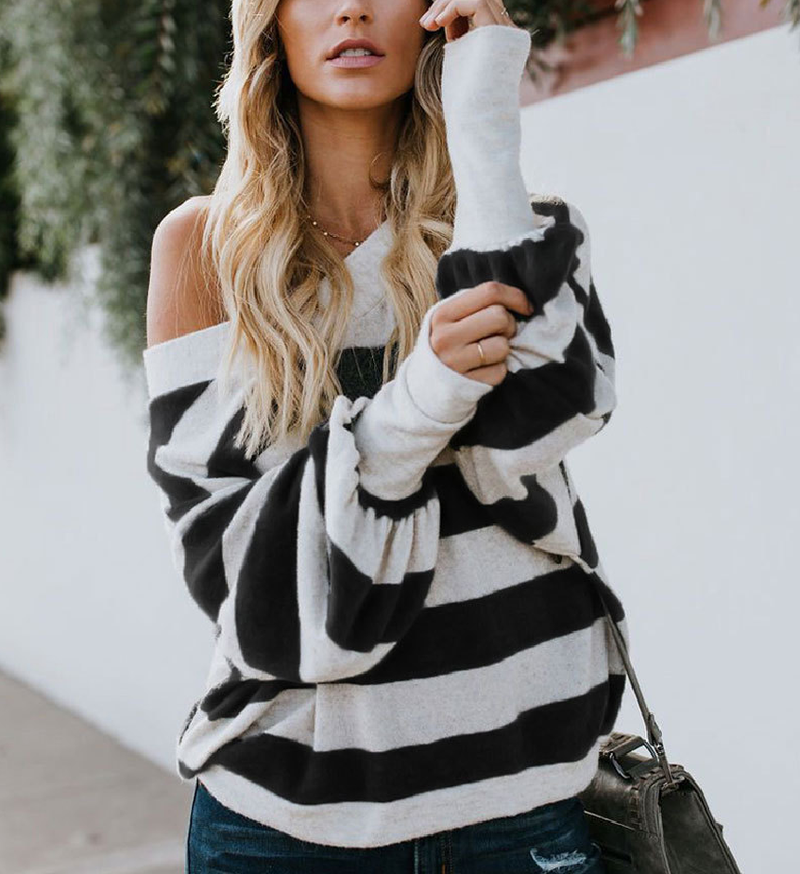Sexy Round Neck Black and White Striped Loose Long-sleeved Sweater