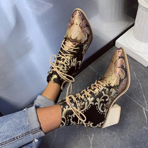 Vintage Exquisite Embroidery Lace-Up High Chunky Point Toe Women Boots