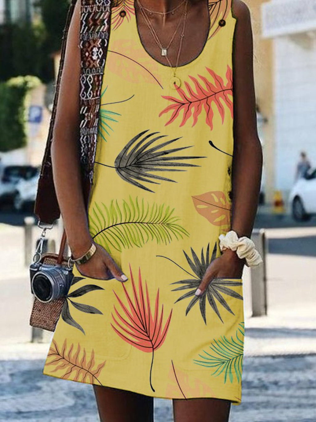 Bohemian Printed Scoop Neck Sleeveless Dresses