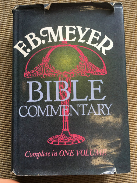 Bible Commentary: complete in one volume