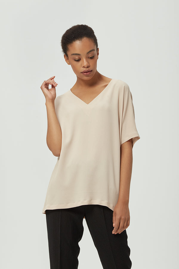 Beige Loose-fit Silk Blouse | Effortless High Quality Clothing