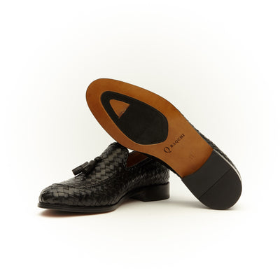 BLACK TASSEL BASKET WOVEN LOAFERS