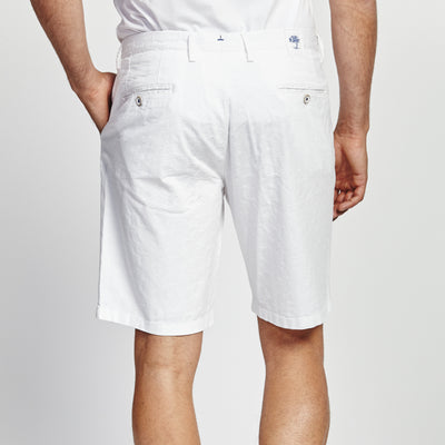 CLASSIC FIT WHITE SHORT
