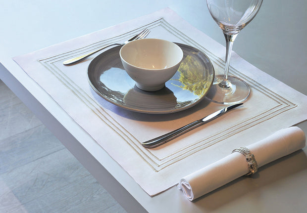Claudia Barbari Chelsea Placemat Lime/Gold - Le Papillon Gallery