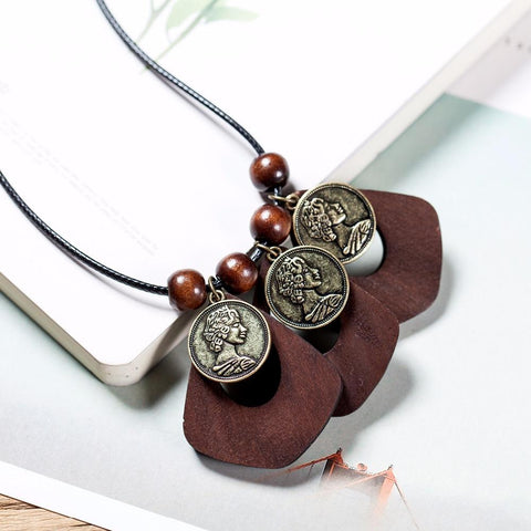 Bohemian Queen Coin Pendant Necklace - Cameo Queen Necklace - Queen Elizabeth Coin Pendant Necklace - Vintage Queen Wood Beads necklace - Wood Pendant Necklace - Long Rope Necklace - Long Hemp Rope Necklace - Coin Wood Necklace Lux & Rose