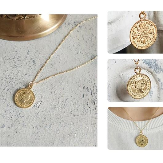 Sterling Silver Queen Medallion Pendant Necklace - 925 Real Silver Necklace - Classic Silver Necklace Lux & Rose