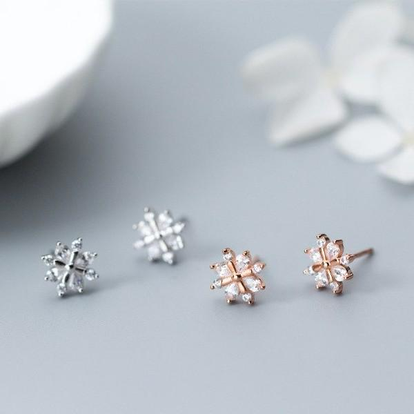 Sterling Silver Snowflake Stud Earrings - 925 Stud Earrings - 925 Real Silver Earrings - Playful Silver Earrings Lux & Rose