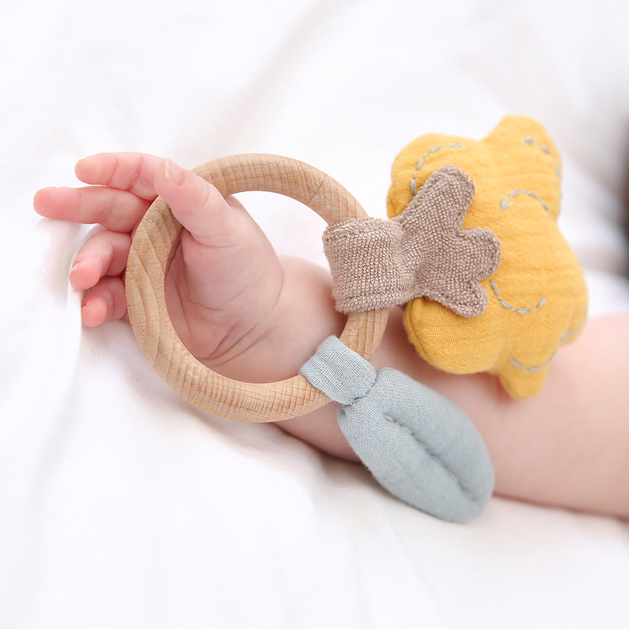 Swaddle Tree Ring Teething Rattle | Albetta