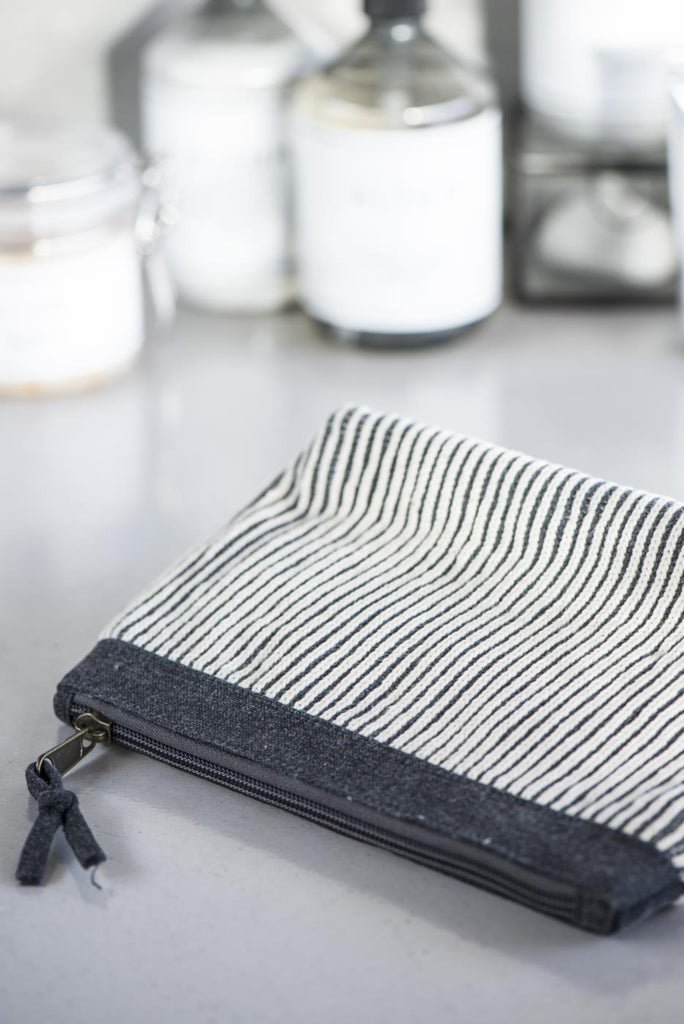 Make Up Bag- Ib Laursen