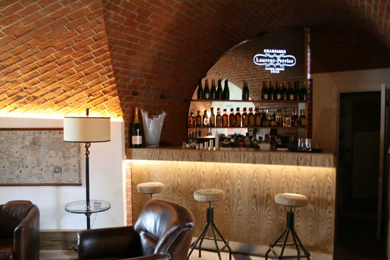 Wall Cladding on Spitbank Fort Hotel bar