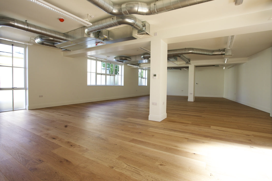 Lacquered White Oak flooring in living space