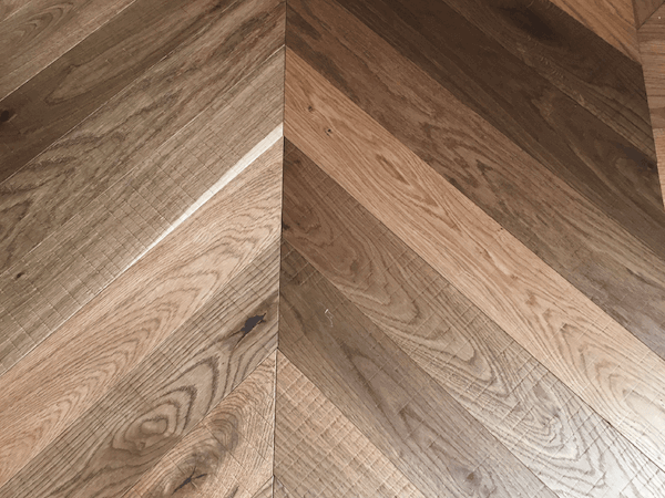 Fumed Antique Chevron Parquet Band Sawn Finish Wood Flooring