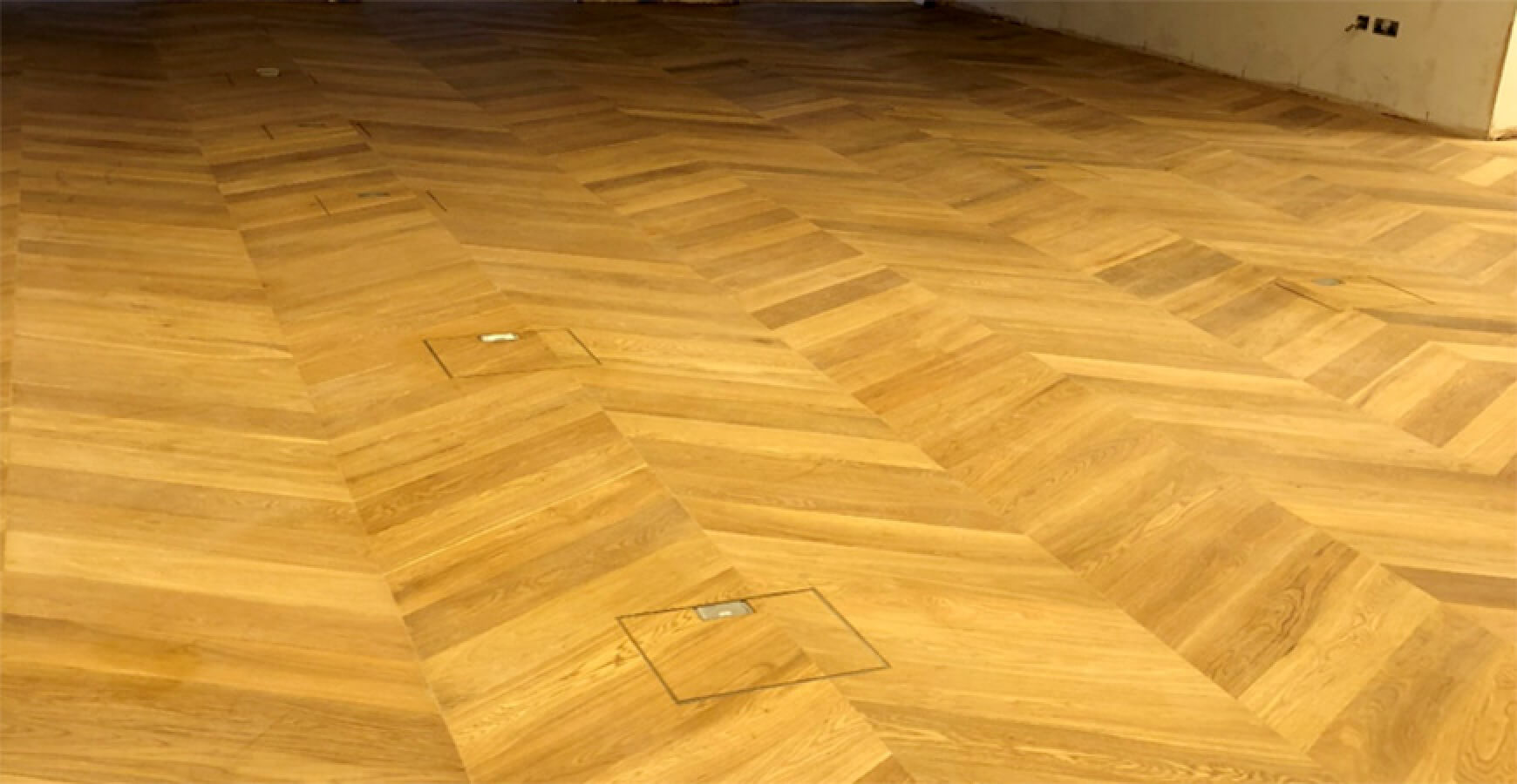 Oak Chevron Engineered Parquet Wood Flooring