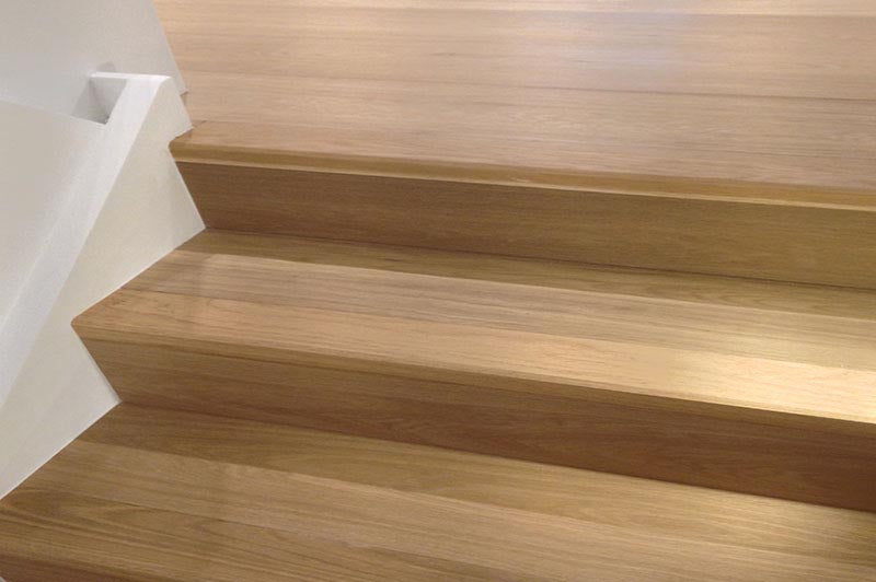 E124 Oak Flooring in London Home