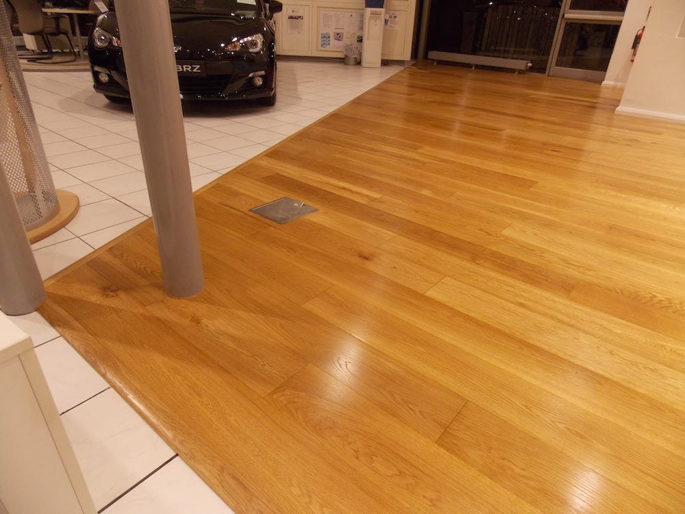 Volvo showroom fitted with E730 Oiled Oak