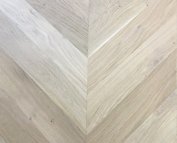 45 Degree Chevron Engineered Parquet Micro-Bevelled Unfinished Oak | TW-E929UF (600)