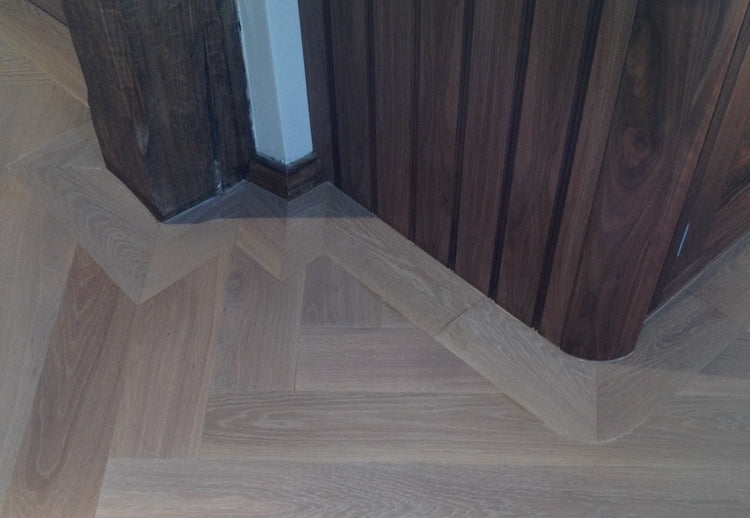 Herringbone Parquet Engineered Brushed White Oiled Oak L&R 120