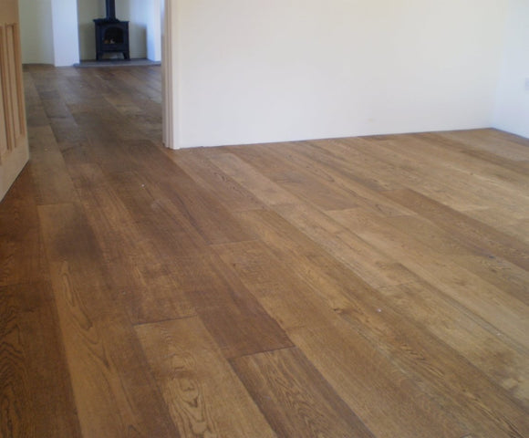 E124T | Light Brushed Fumed Oak Flooring UV Oiled Finish