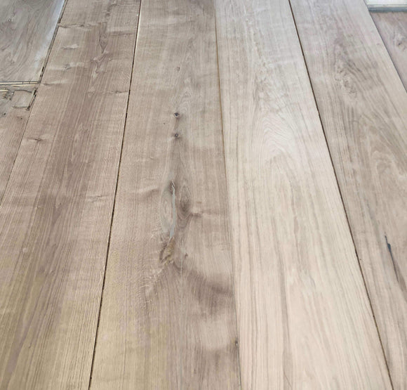 Natural Smooth Unfinished Oak Extra Wide Flooring | TW-E400