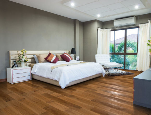 Rustic Brushed Oak Flooring Oiled Finish | TW-E729