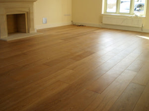 Select Grade Natural Oak Flooring Lacquered Finish