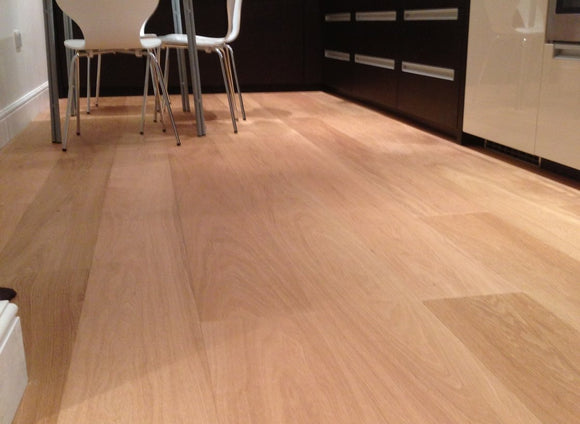 Select Grade Brushed Natural Oak Flooring UV Oil Finish