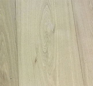 Smooth Natural Oak Flooring Finished with Raw Timber | E160
