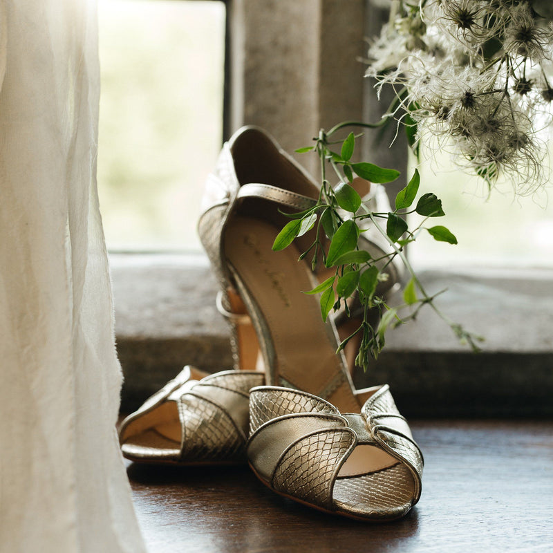 Going for gold? Why you should choose gold wedding shoes